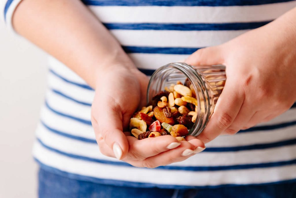 Nuts and dried fruit snacks